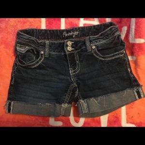 Amethyst jean shorts size 1